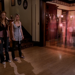 Patty, Penny, present Piper and Leo traveling to the Ultimate Battle.
