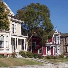 The 3 Charmed houses - Dan's, the Halliwell's and the run-down home.