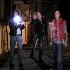 Paige deviates an energy ball, using Telekinetic Orbing.