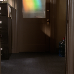 Andrew O'Brian rainbow teleporting in behind the door.