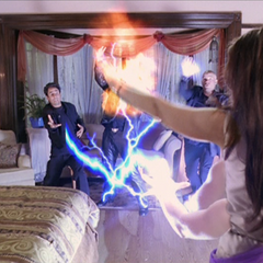 Piper blows up an Energy Ball and shoots lightning bolts.