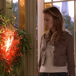 Billie leaves Paige's dream.