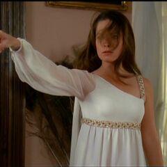 Piper shoos away Phoebe's lovers
