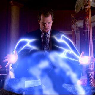 Gideon uses Electrokinesis