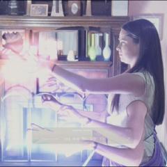 Piper blows up an energy ball and shoot a lightning bolt.