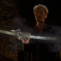 Gith summons a Darklighter crossbow.