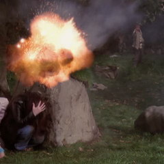 Tull attacks Piper and Phoebe.