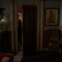 Gideon telekinetically opens the door of his office.