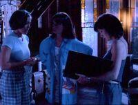 1x01-SistersAttic