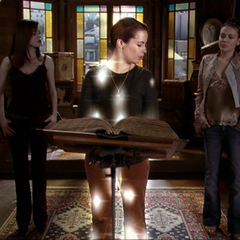 Piper is being called by shrunken Paige and Phoebe, but their magic isn't strong enough.
