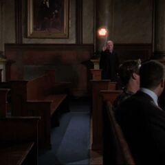 Judge throwing fireball at Prue.