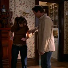 Leo healing Piper.