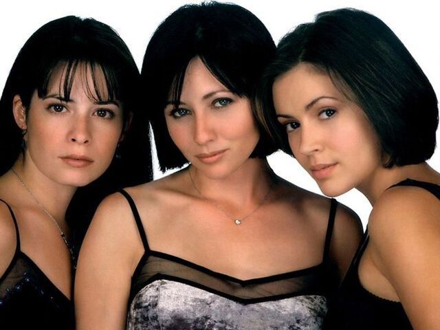 Ficheiro:Charmed Season 1 Promo-2.jpg