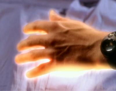 File:Healing-hand-1x14-1-.jpg