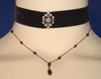 File:Phoebe's Jewellry.jpg