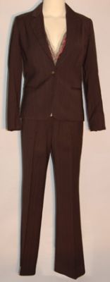 File:Pipers Clothes 5.jpg