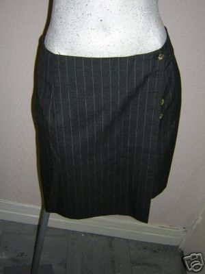 File:Pipers Clothes 19.jpg