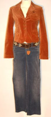 File:Pipers Clothes 10.jpg