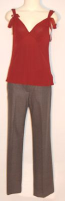 File:Pipers Clothes.jpg