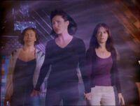 1x01-SistersVanquishesJeremy