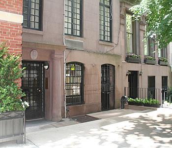 File:Image apartment exterior 1.jpg