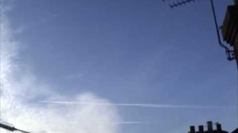 4 planer chemtrail and time lapse
