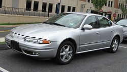 250px-Oldsmobile-Alero-Sedan
