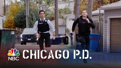 Chicago PD - Episode Highlight - Season 2 - Halstead and Amaro's Wild Foot Chase