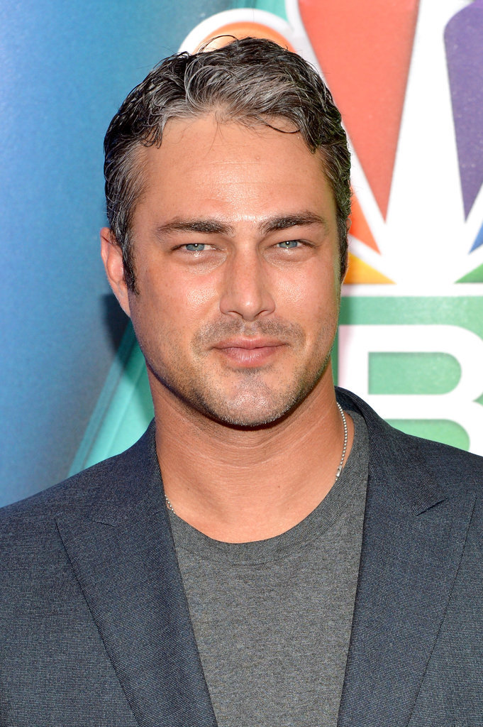 chicago fire taylor kinney age