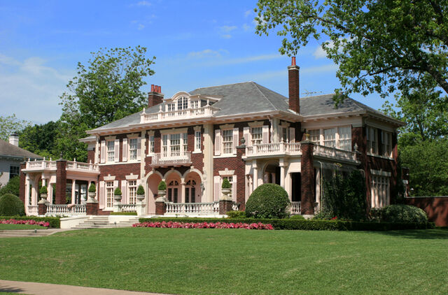 File:Don Lucchese Mansion.jpg