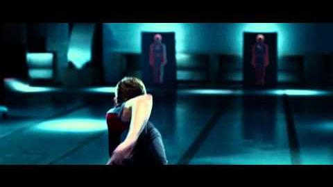 The Hunger Games - Official Trailer HD