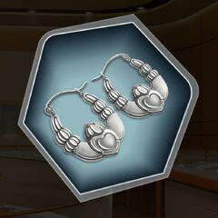 Plain Claddagh earrings