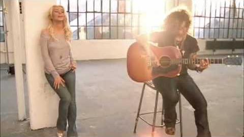 Christina Aguilera - Save Me From Myself