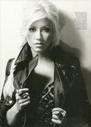 Christina-Aguilera-Instyle-UK-December-3