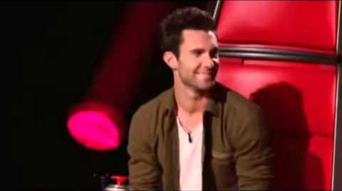 Christina Aguilera Sings and Stuns Everyone on The Voice
