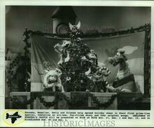 1991-Press-Photo-Scene-from-Nickelodeons-Christmas-At