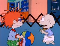 Tommy and Chuckie decide to catch Santa