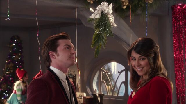 File:Timmy and Tootie under the mistletoe.jpg