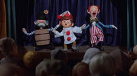 Pinocchios-christmas-1980-puppet-show-let-them-laugh