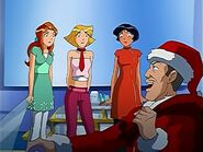 Totally Spies Jerry as Santa
