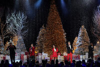 A Very Pentatonix Christmas 11