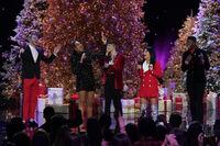 A Very Pentatonix Christmas 5