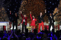 A Very Pentatonix Christmas 16