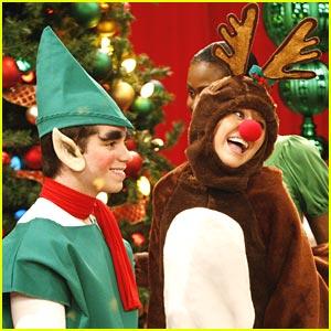 Hannah-montana-reindeer-holiday