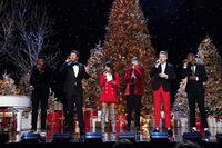 A Very Pentatonix Christmas 9
