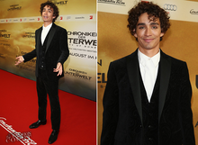 Robert-sheehan-in-etro-tmi-city-of-bones-berlin-premiere