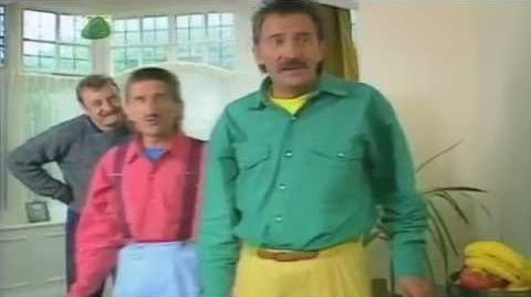 ChuckleVision 5x02 Crimebusters (Higher Quality) (Widescreen)