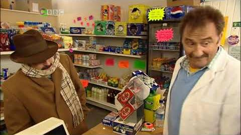 ChuckleVision 17x03 Who's Minding The Store-0