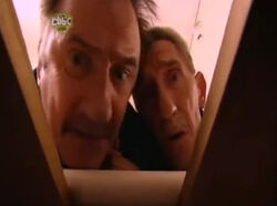 17x05 The Chuckle & The Pea