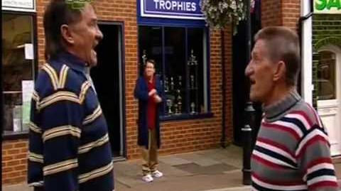 ChuckleVision 21x06 See How They Run